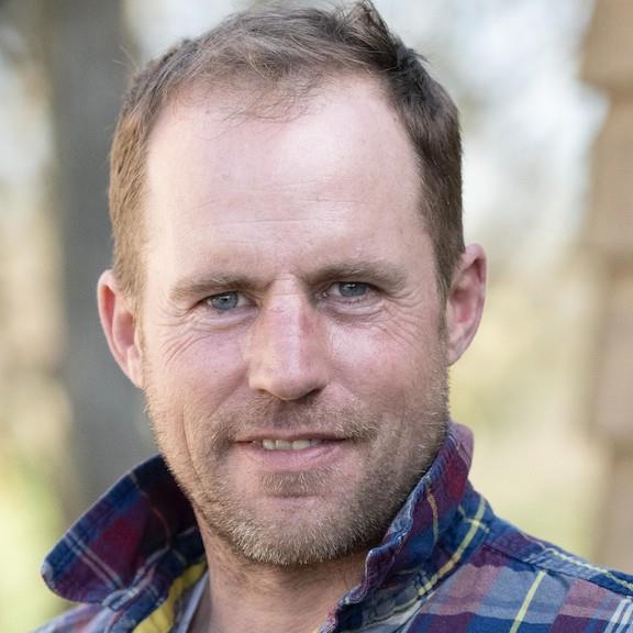 image of Councillor Gareth Burnett